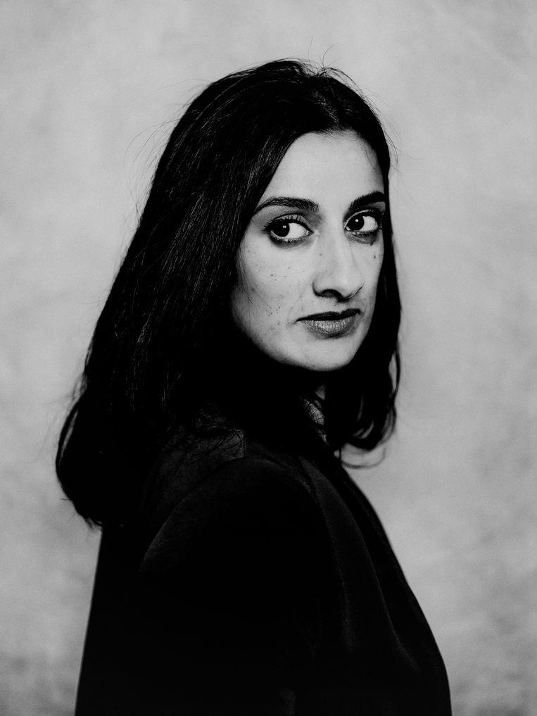 Naema Tahir: 'We leven in een opiniemaatschappij met oppervlakkige oordelen.' Beeld Jitske Schols