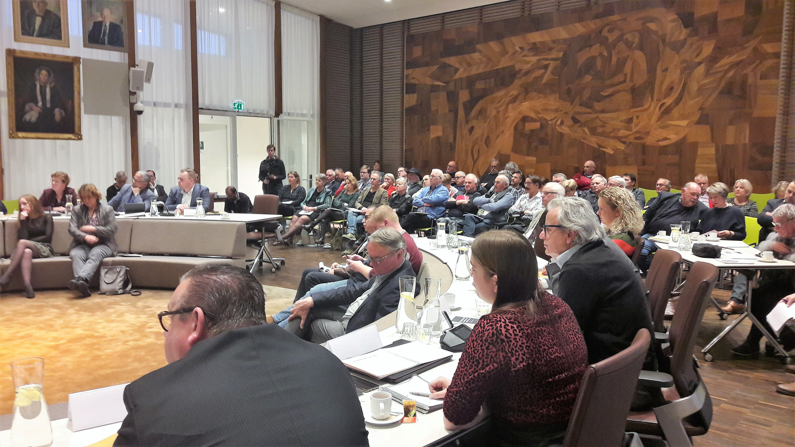 Inwoners van Loon op Zand die meewerkten aan de Toekomstagenda voor hun gemeente, waren massaal aanwezig op de avond dat de gemeenteraad akkoord ging met het document.