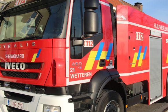 Beeld ter illustratie. De brandweer kon voorkomen dat andere wagens schade opliepen.