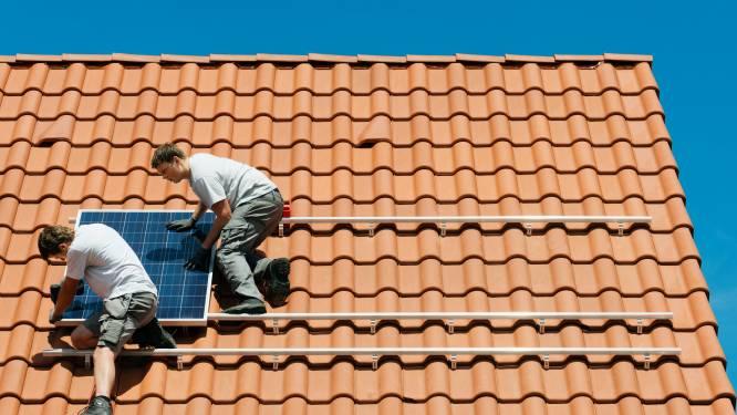 Verkoop zonnepanelen daalt drastisch: is het nog een rendabele investering?