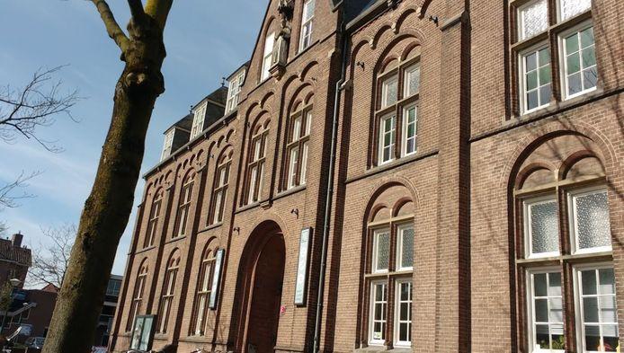 Het Klooster nodigt Huiskamer Helden uit om maandag 1 februari samen online te zingen.