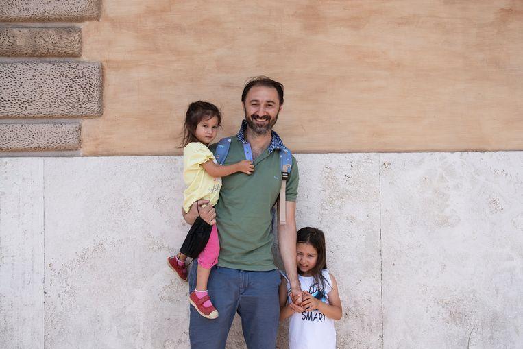 'Italië is sterker, maar het thuisvoordeel gaat veel uitmaken', vreest Luigi Iasevoli.  Beeld Giulio Piscitelli
