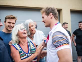 """Olympiër Matthias Casse krijgt warme ontvangst bij zijn thuiskomst: """"Nooit gedacht dat mijn prestaties zoveel zouden losmaken"""""""