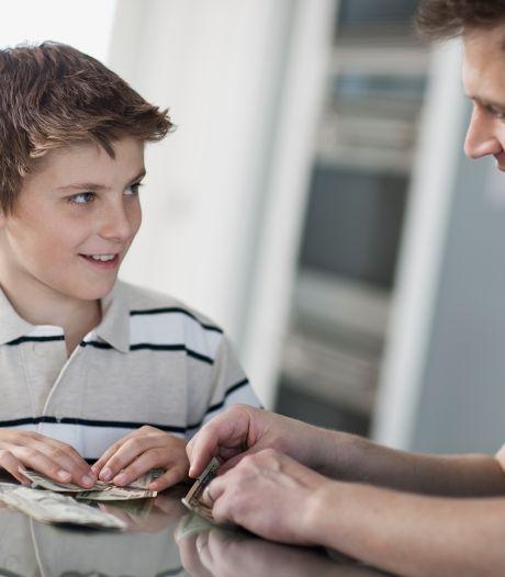 Comment gérer au mieux les économies de mon fils de 13 ans? Notre spécialiste Guide-épargne vous conseille