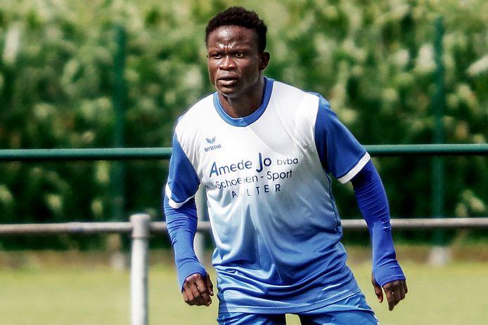 Jeffred Ofori Bonsu was met drie doelpunten dé man van de wedstrijd in het duel tussen SK Bellem en VK Adegem.