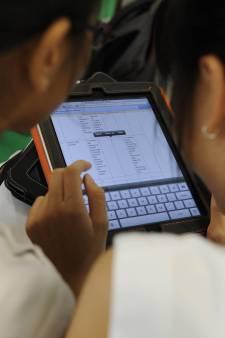 Apple legt het af tegen boek: iPad niet langer verplicht op Erasmiaans