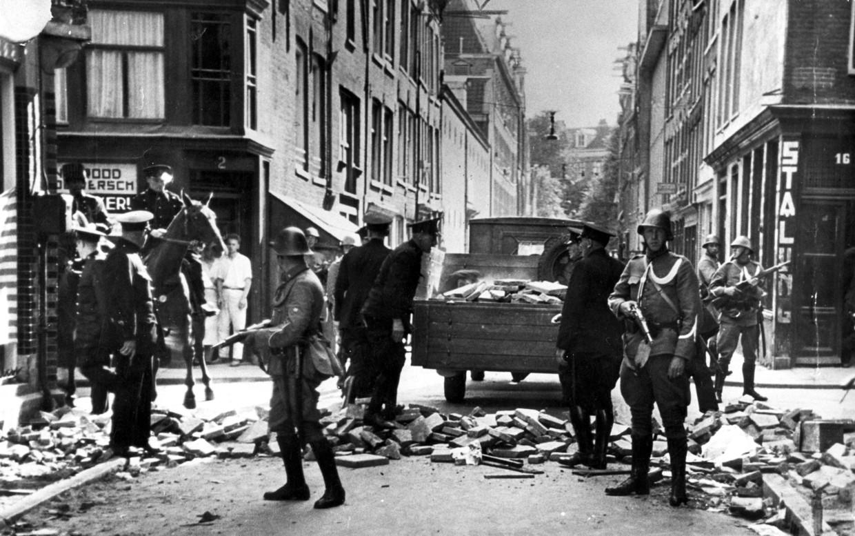 Het Jordaanoproer in Amsterdam, juli 1934.  Beeld Hollandse Hoogte / Spaarnestad Photo