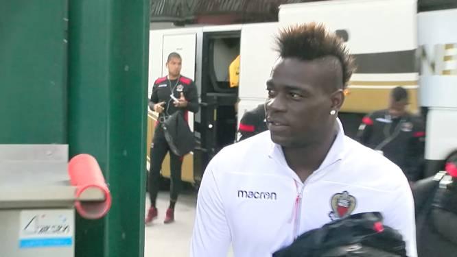 VIDEO: Balotelli strijkt neer aan de Gaverbeek en steelt de show