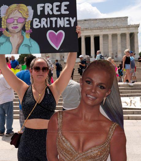 En larmes, Britney Spears réclame à nouveau une levée de sa tutelle