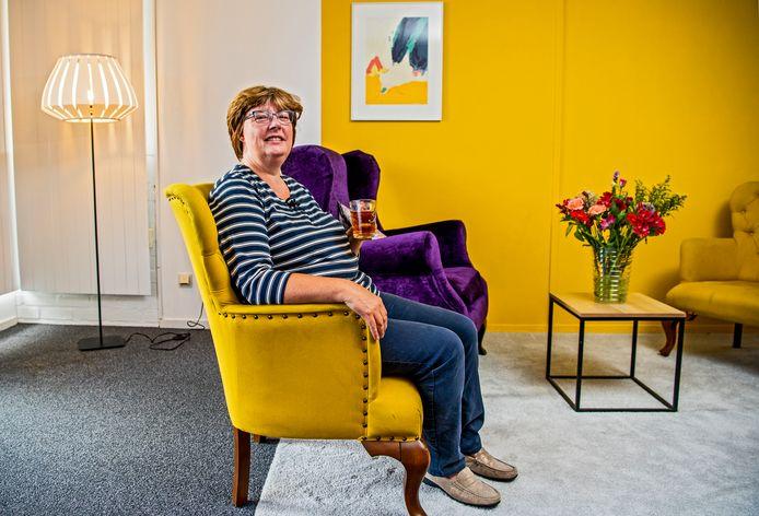 Irene Jeurissen is blij met de inloophuizen voor mensen met kanker. ,,Het is fijn om te praten met mensen die weten wat je doormaakt.''
