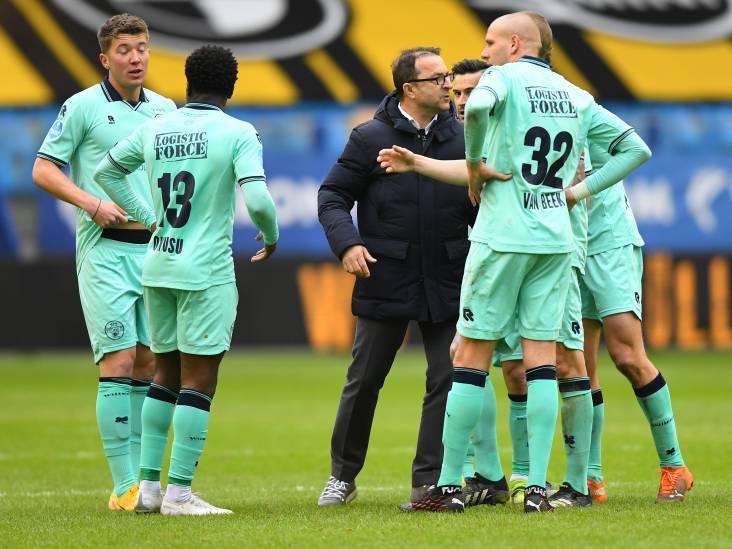 Petrovic over Willem II-spelers: 'Het zijn geen dommeriken, maar volwassen mensen met kinderen'