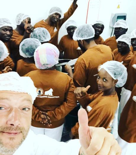 """Dominique Persoone even terug uit Congo, waar hij chocoladefabriek startte: """"Nog voor de zomer liggen eerste repen in Brugge"""""""