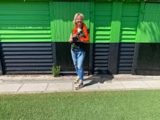 Astrid denkt dat Oranje bij EK nog heel ver komt: 'Beter dan dat doemdenken van voetbalanalisten'