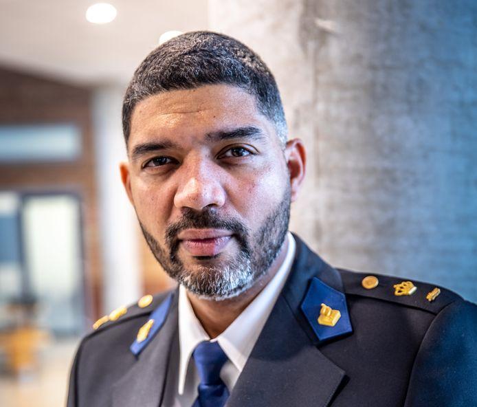 """Districtschef Ramon Arnhem van de politie IJsselland: ,,Ik laat geen roofbouw op mijn teams en op mijn mensen plegen."""""""