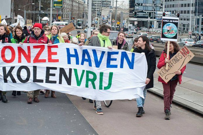 De actievoerders willen verandering in het beleid van de Rotterdamse haven en zal daarom tijdens de Wereldhavendagen de straat op gaan.