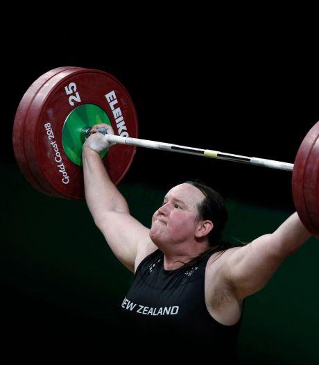 Nieuw-Zeelandse gewichthefster is eerste transgenderatleet op de Spelen