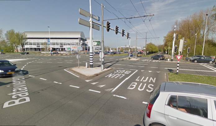 Het kruispunt Nijmeegseplein bij GelreDome in Arnhem.