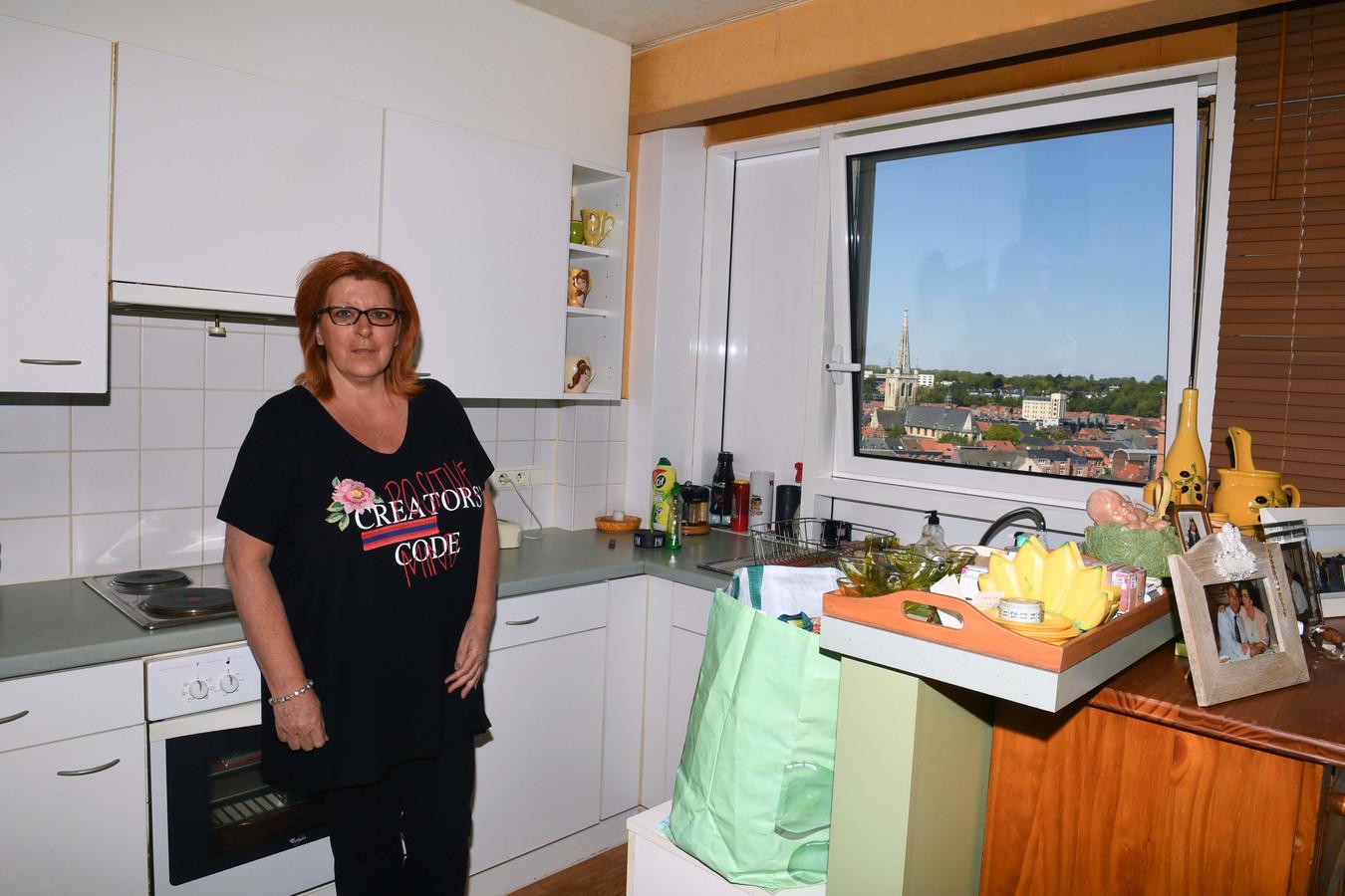 Jacqueline Wallenus heeft op haar appartement in Sint-Maartensdal. Ze verhuisde zelfs enkele maanden naar haar broer omdat ze een panische angst heeft voor muizen.