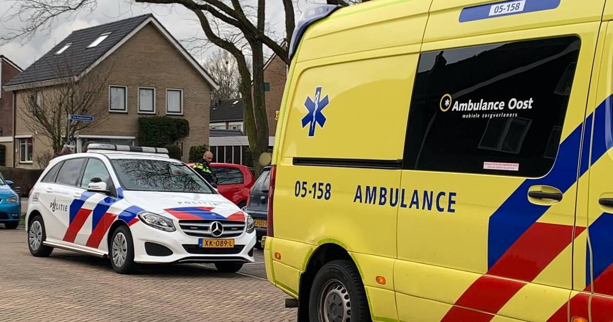 Kind gewond bij aanrijding met auto in Vriezenveen.