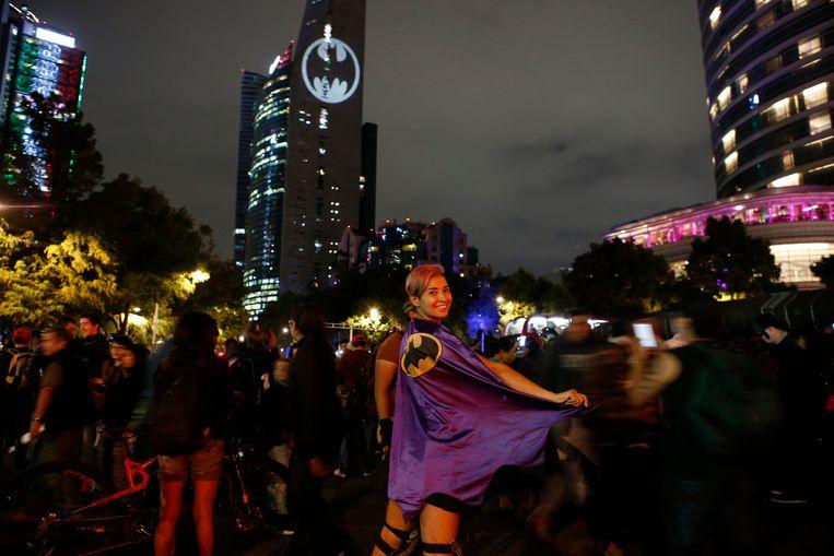 Stephanie Salgado poseert aan de Paseo de la Reforma in Mexico City. Beeld AP