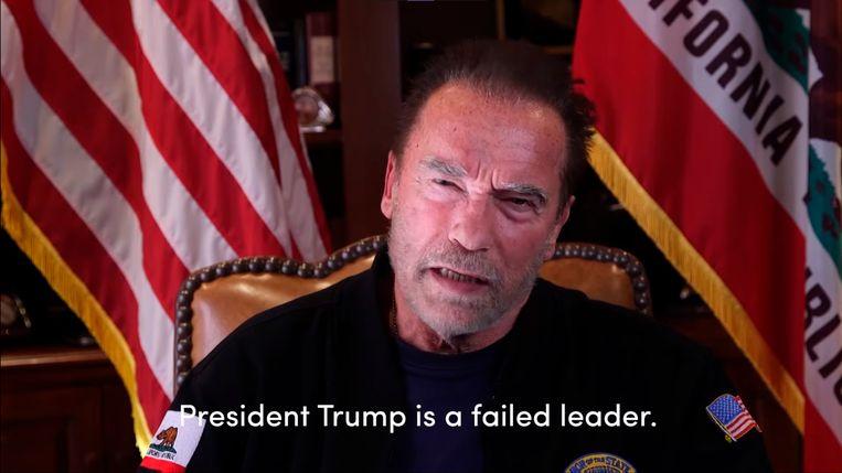 Arnold Schwarzenegger in de bewuste video: 'President Trump heeft gefaald.' Beeld AP