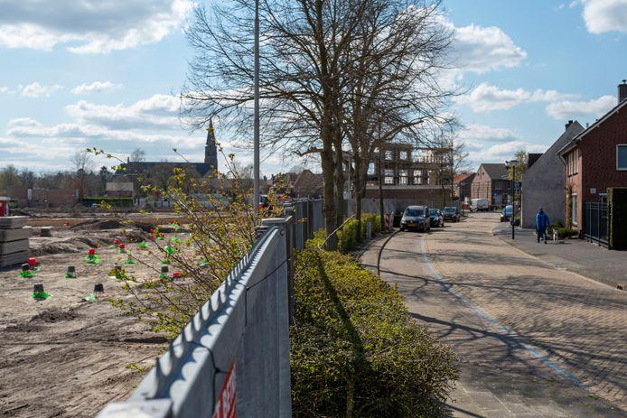 Waar eens de fabriek van Van Besouw stond, verrijst een nieuwbouwwijk voor Goirle. Maar in de Kerkstraat leven zorgen over de verkeers- en parkeerdruk.
