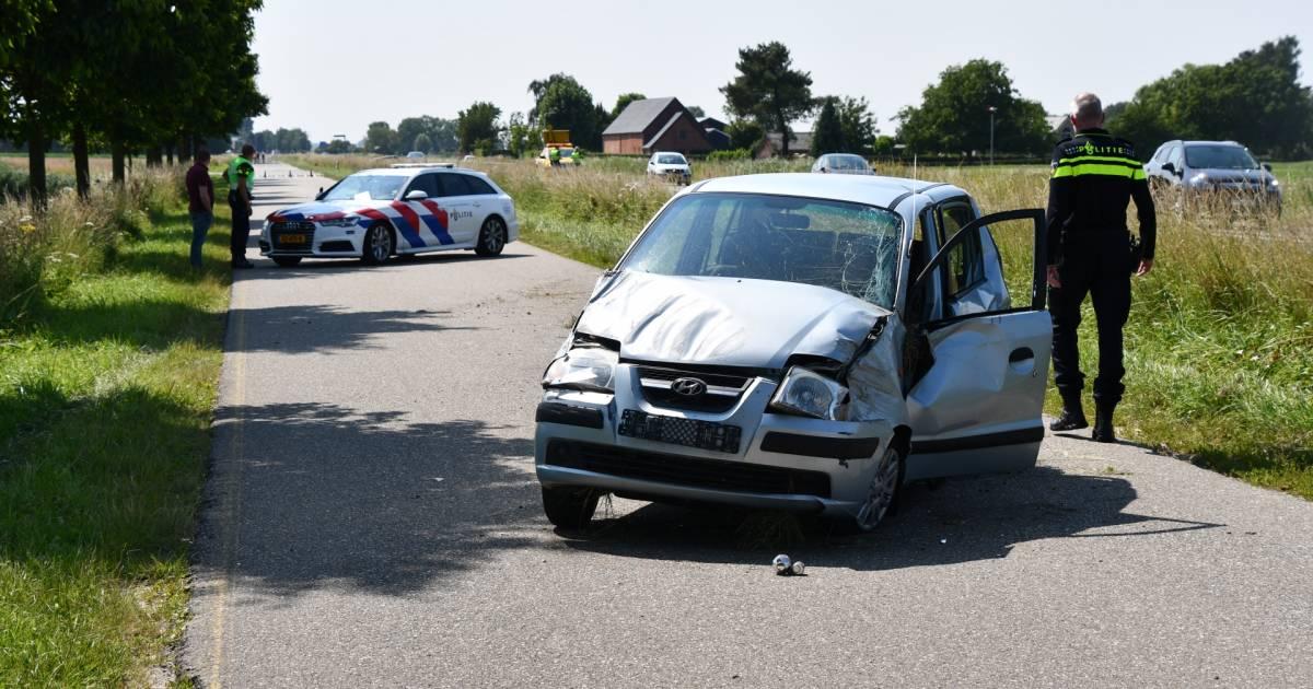 Automobilist die doorreed na ernstig ongeval wordt onwel na aanhouding.