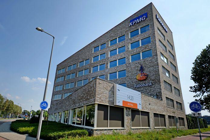 De Rabobank in Enschede blijft wel open