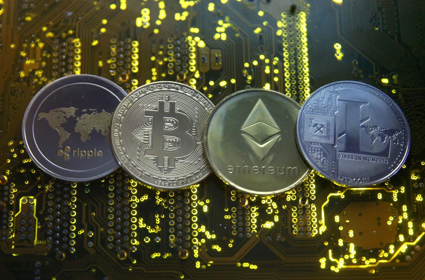 Zo zouden cryptovaluta ripple, bitcoin, ethereum en litecoin eruitzien als ze daadwerkelijk in muntvorm bestonden.