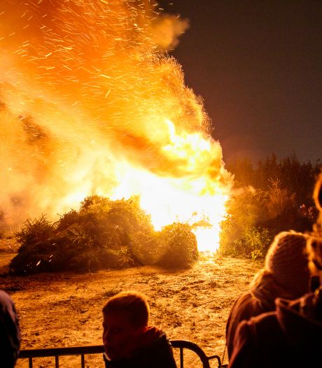Kerstboomverbranding sterft zachte dood