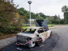 Politie stuurt sms-bom om nacht vol autobranden in Ede op te lossen: 'Er gaan geruchten, maar die bereiken ons niet rechtstreeks'