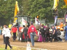 Man komt onder tractor terecht op EK Tractorpulling, raakt gewond