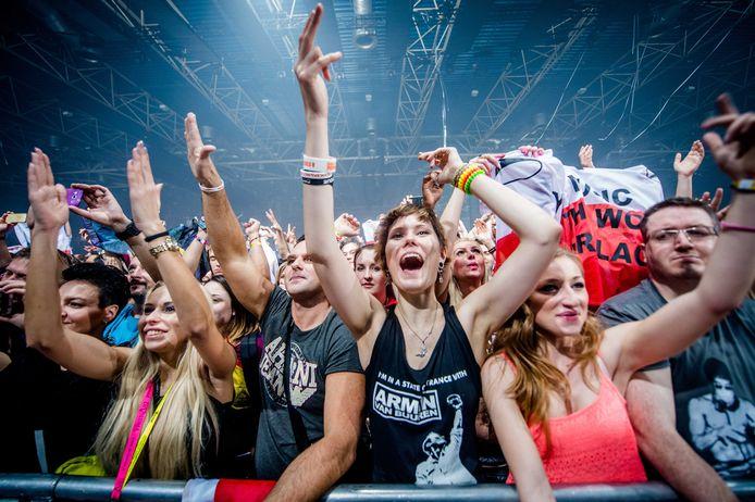 Een optreden van Armin van Buuren tijdens het festival A State of Trance in Utrecht.