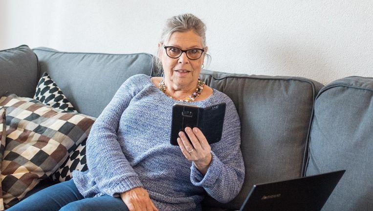 Margo Eggermont (70): 'Nu ben ik me aan het bekwamen in Instagram, daar zit de jeugd op.' Beeld Simon Lenskens