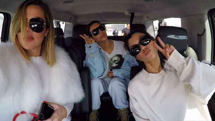 Keeping Up with the Kardashians: Khloé, Kim en Kourtney.