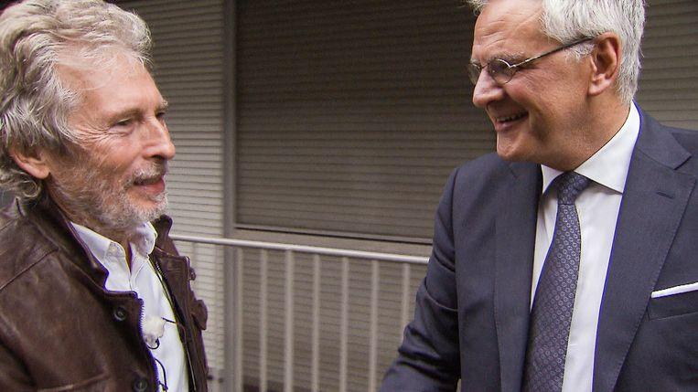 Een beeld uit Jambers in de politiek, met Kris Peeters (rechts). Beeld VTM