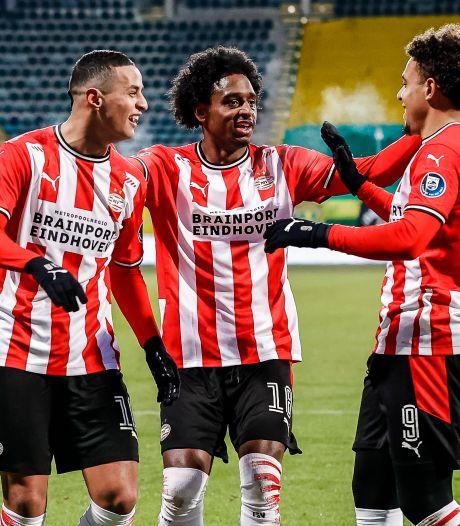 Transfers eisen veel aandacht op bij PSV, dat dag eerder afreist naar Turkije