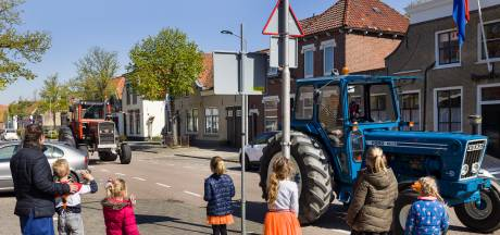 Koningsdag Woningsdag, maar in de Hoeksche Waard is het op straat ook nog bést een feestje