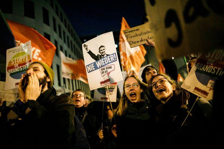 Er volgden in Duitsland al woedende reacties op het onderonsje tussen FDP en AfD in Thüringen. Beeld Carsten Koall/dpa
