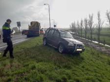 Auto slaat over de kop bij toerit N11 richting Bodegraven