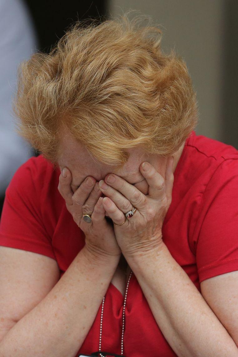 Kerkenlid Sally Barnes huilt van vreugde over de historische beslissing. Beeld getty