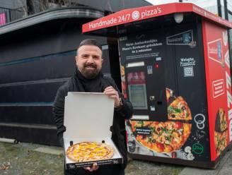 """Automaat aan discotheek Carré bakt binnen 3 minuten ovenverse pizza: """"En dat zonder menselijke interactie"""""""