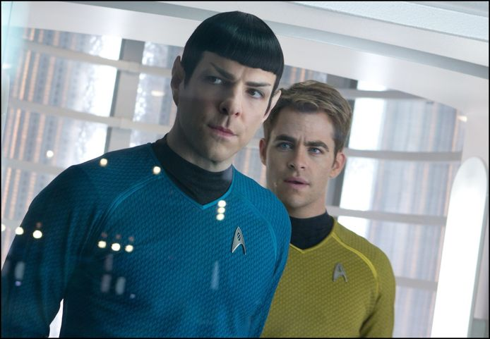Zachary Quinto (links) en Chris Pine als Spock en Captain Kirk in Star Trek.
