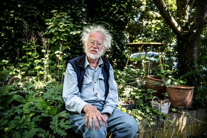 Professor Rob Rutten: ,,Als ik in de zon zit, moet ik er even bij nadenken dat dat dezelfde zon is als waarover ik zit te piekeren.''