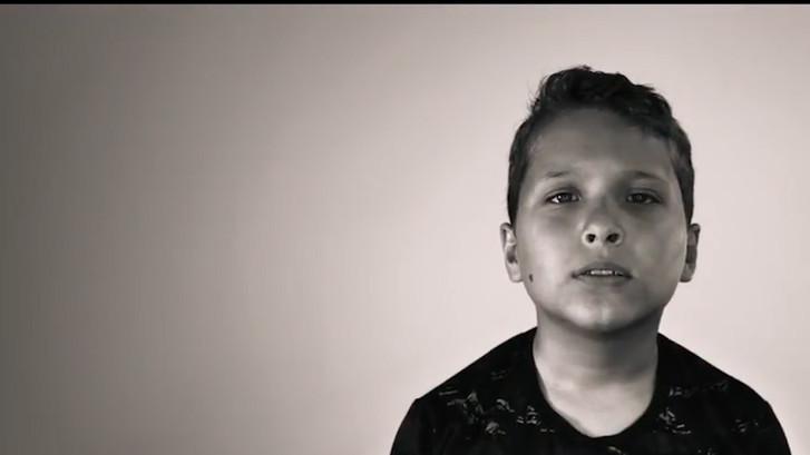 Door deze zelfgeschreven rap wordt Dilan (9) niet meer gepest