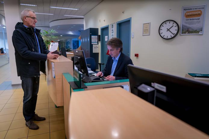De polikliniek van ziekenhuis Rijnstate in Arnhem-Zuid staat op de nominatie om te verhuizen naar Elst.