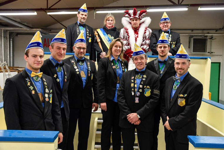 De Orde van de Palingboer maakt zich op voor het carnavalsweekend.