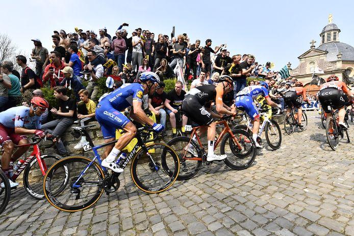 De renners op de Muur tijdens de voorbije Ronde van Vlaanderen.