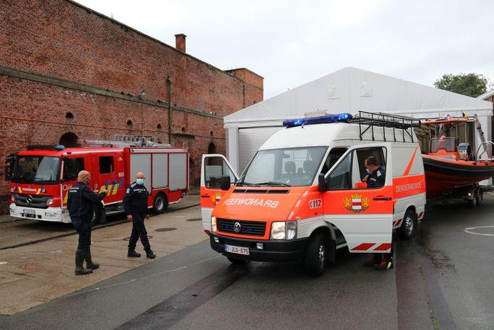 Een delegatie van brandweer Dendermonde en Lokeren is vertrokken naar Luik.