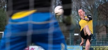 The Gunners verlengt contract Mark Schuiten